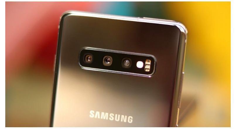 Galaxy S11'in 5x Optik Zum Sensörü Testte!