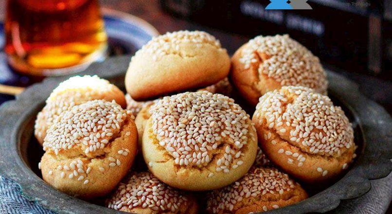 Susamlı tatlı kurabiye
