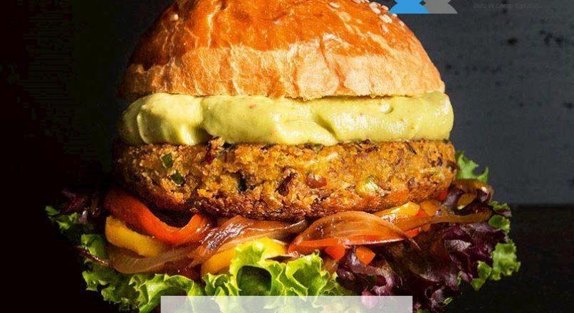 Bal kabaklı sebzeli vegan burger