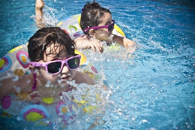 Çocuklara güneş gözlüğü alırken dikkat